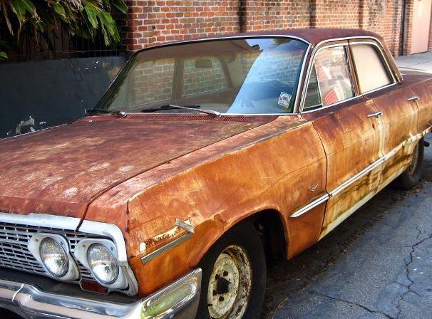 Каждый заботливый автовладелец должен знать, что одной заводской защиты от коррозии кузова не достаточно.