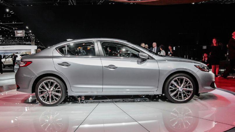 Acura ILX 2015 фото обзор