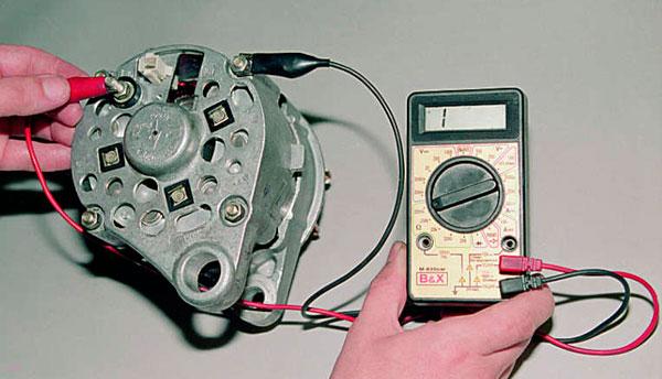 Проверка работоспособности генератора и аккумулятора