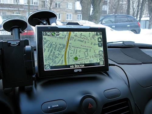 самый лучший навигатор 2015 года для автомобиля