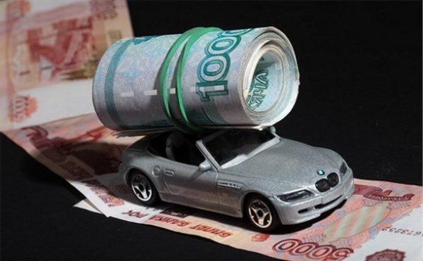 Почему неплательщикам транспортного налога могут отказать в страховке?